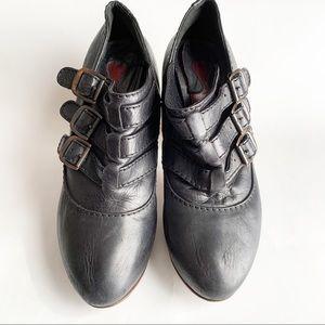 Chloe wood ankle booties sz 38